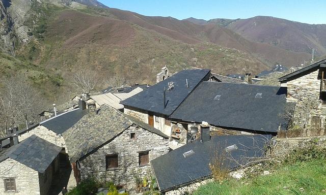 aldea ecologica montaña