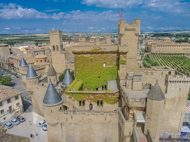 castillo medieval montaña