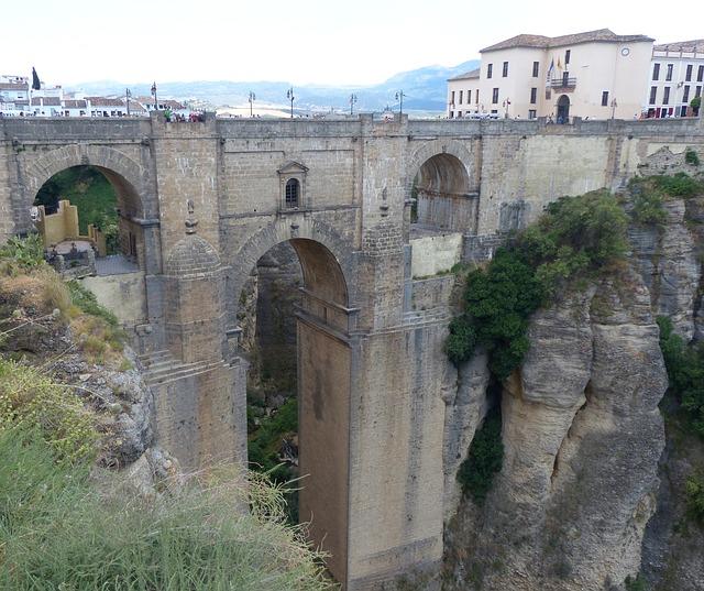 puentes famosos ronda