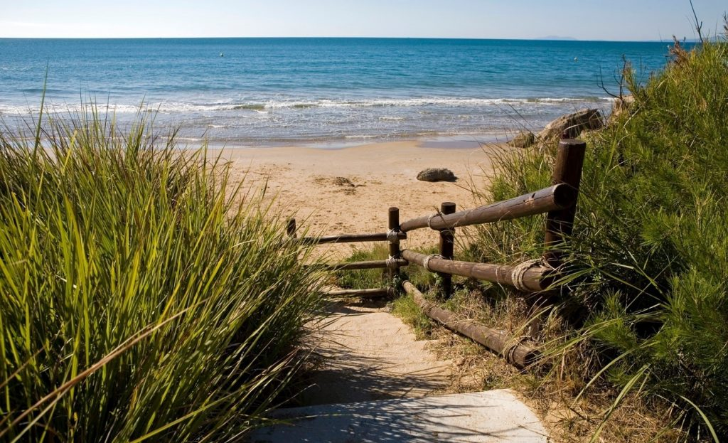 camino-playa-costa-daurada