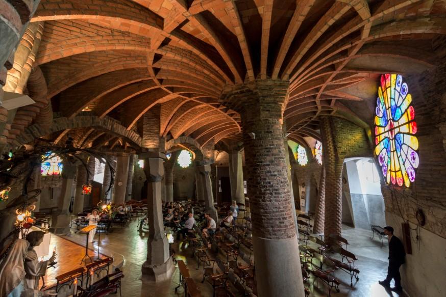 Cripta Gaudí en la Colònia Güell, Santa Coloma de Cervelló, comarca del Baix Llobregat.
