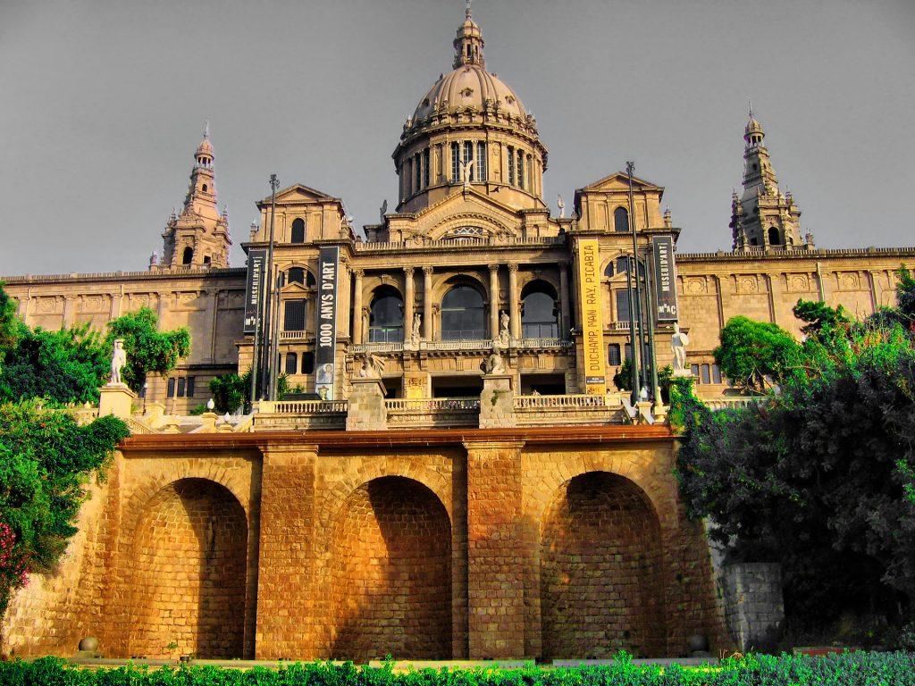 museo-barcelona-nacional-arte-cataluna