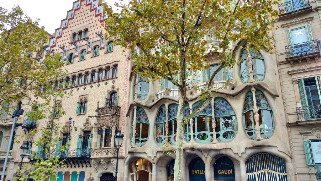 restaurantes-singulares-curiosos-barcelona-casa-batllo