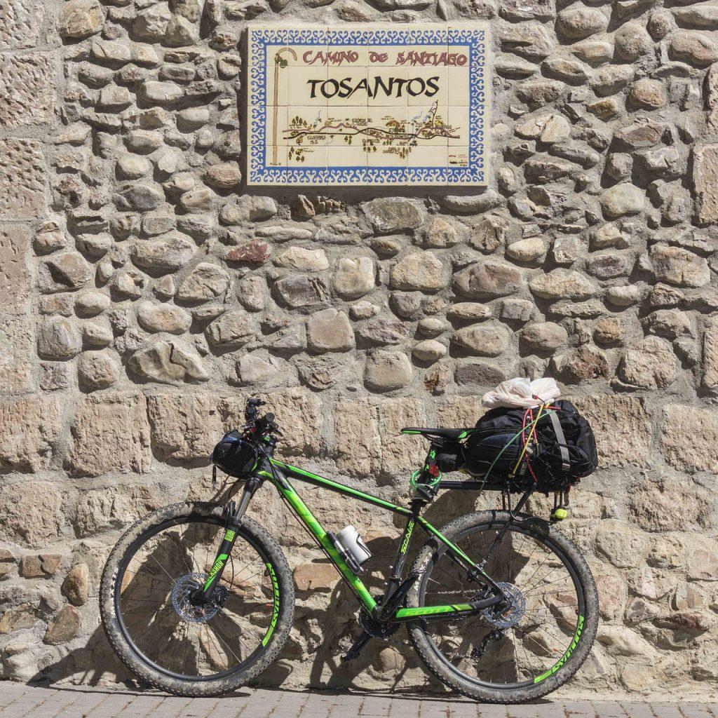 vacaciones-deportivas-camino-santiago-ciclismo