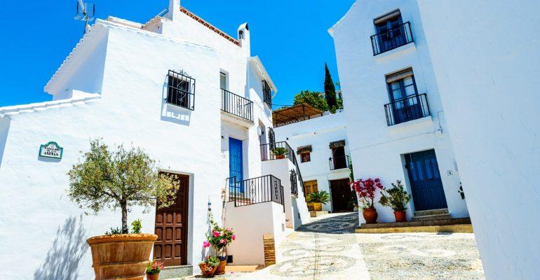 ¿Siempre has querido hacer una ruta por los pueblos blancos de Málaga?