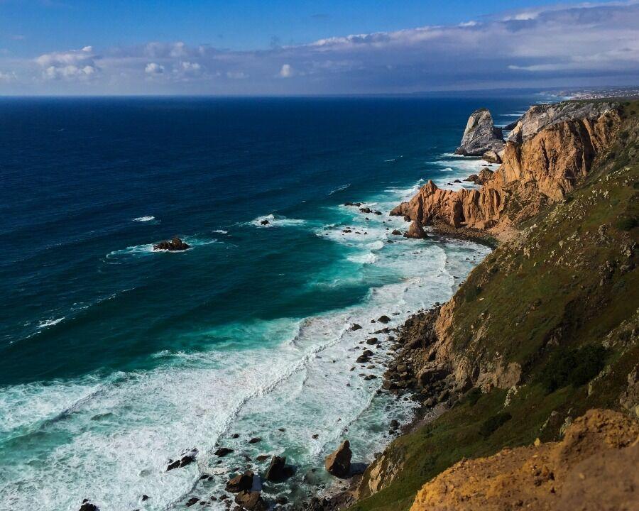 Vista desde el aire del acantilado de Cabo da Roca, Portugal.